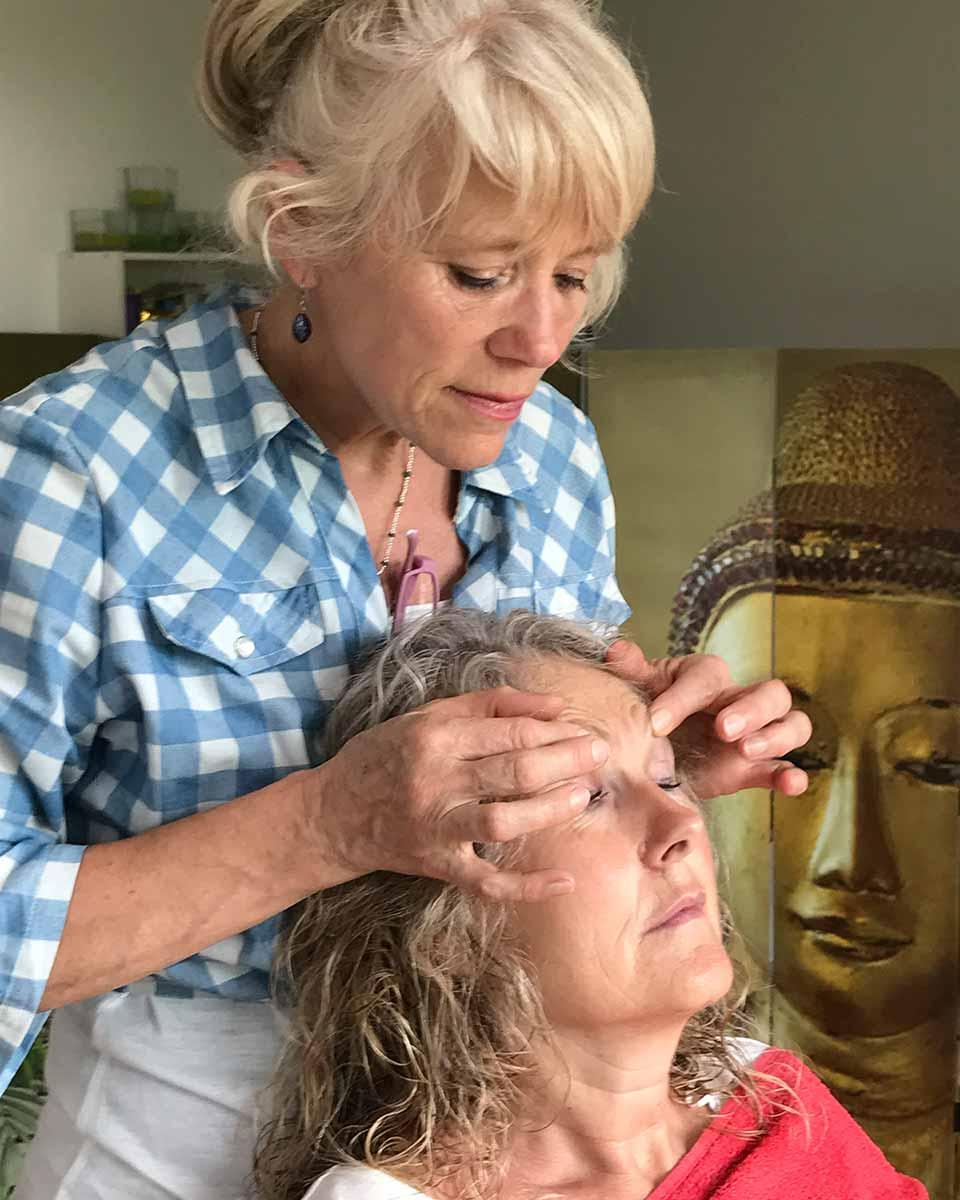 Hair-Impulsing® Ausbildung in Brugg - Arbeiten am Modell